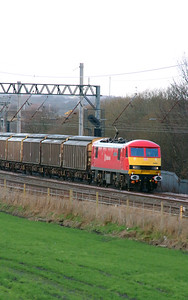 90 036 at Winwick Junction on 19th December 2014 (2)