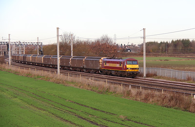 90 028 at Winwick Junction on 2nd December 2014 (5)