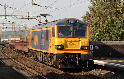 92 032 at Runcorn on 2nd September 2014 working 6L48 (3)