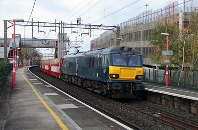 92 038 at Runcorn on 21st November 2015
