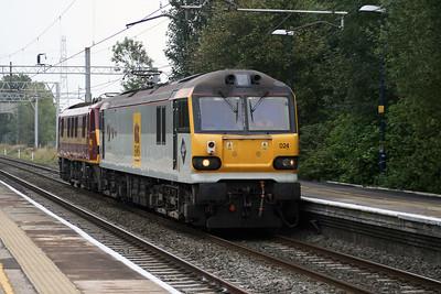 92 024 at Acton Bridge on 3rd October 2007