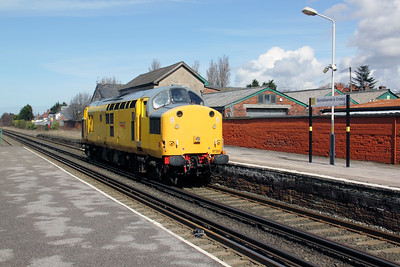 97 301 at Blundellsands & Crosby on 3rd April 2010 (7)
