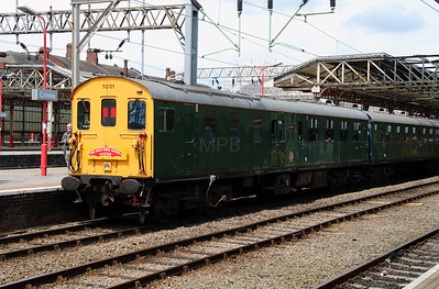 201 001 at Crewe on 12th July 2014 (19)