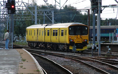 950 001 at Crewe on 28th August 2015