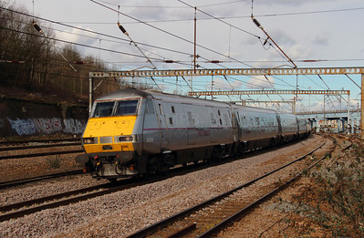 82209 at Harringay on 3rd March 2015 (2)