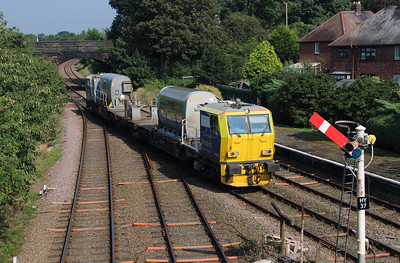 DR98906 at Helsby on 14th September 2016