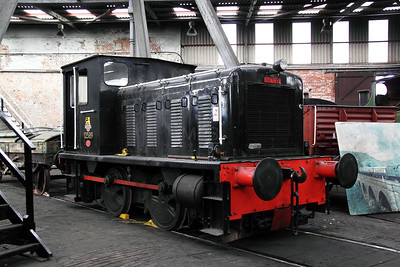 12589 at Barrow Hill on 30th October 2011