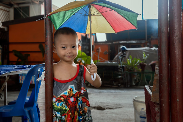 a visit to the Klong Toey, Bangkok slum area as part of the University Scholar Symposium 2017, a volunteer activity organized by the UNDP/Humanitarian Affairs Asia