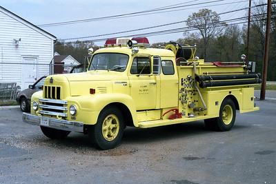 PINE BLUFF ARSENAL FD AR  ENGINE 4  1970  IHC R190 - FTI   750-300