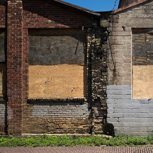 Abandoned building in Minneapolis, Hennepin County, Minnesota, USA