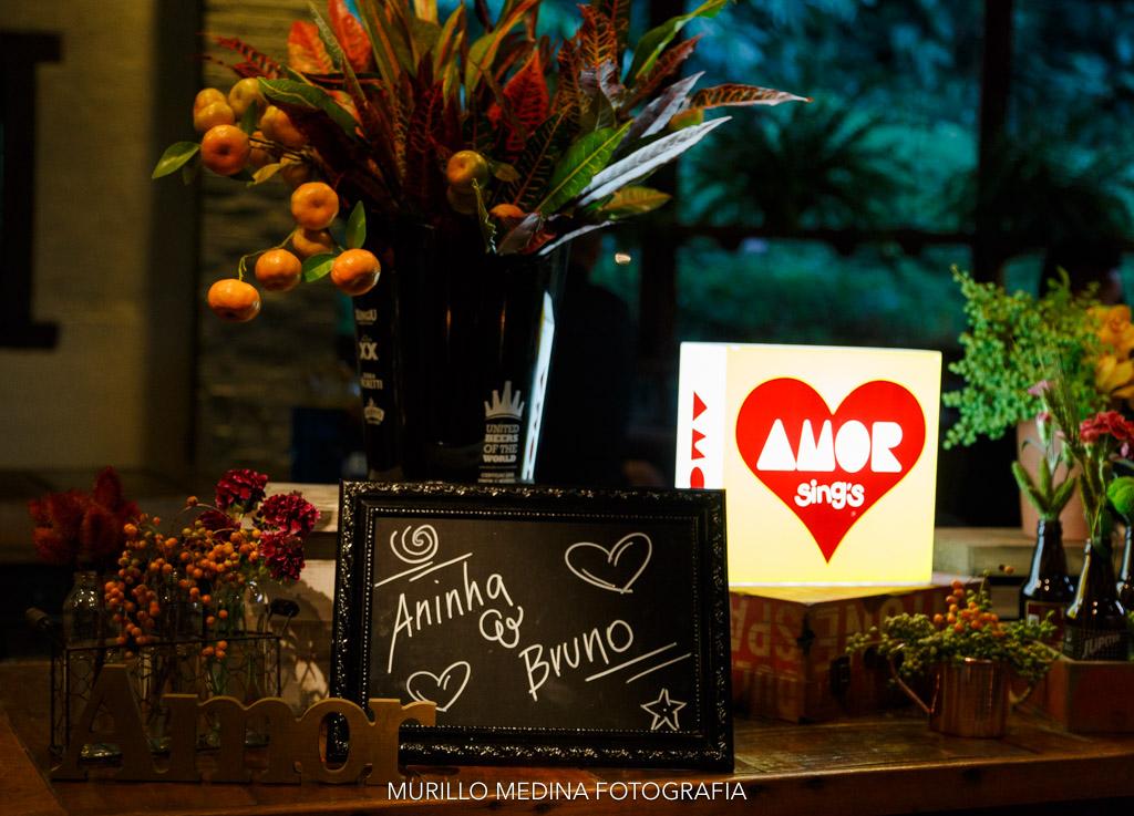 Decoração Floridéias by Fabi Mello para casamento Aninha e Bruno no Haras Vila Real. Embú das Artes, SP - 20/05/2017. Foto: Murillo Medina.