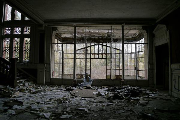 L'hôtel des Jonquilles (03/2015)