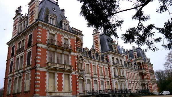 Le Domaine de la Charbonnière (01/2014)