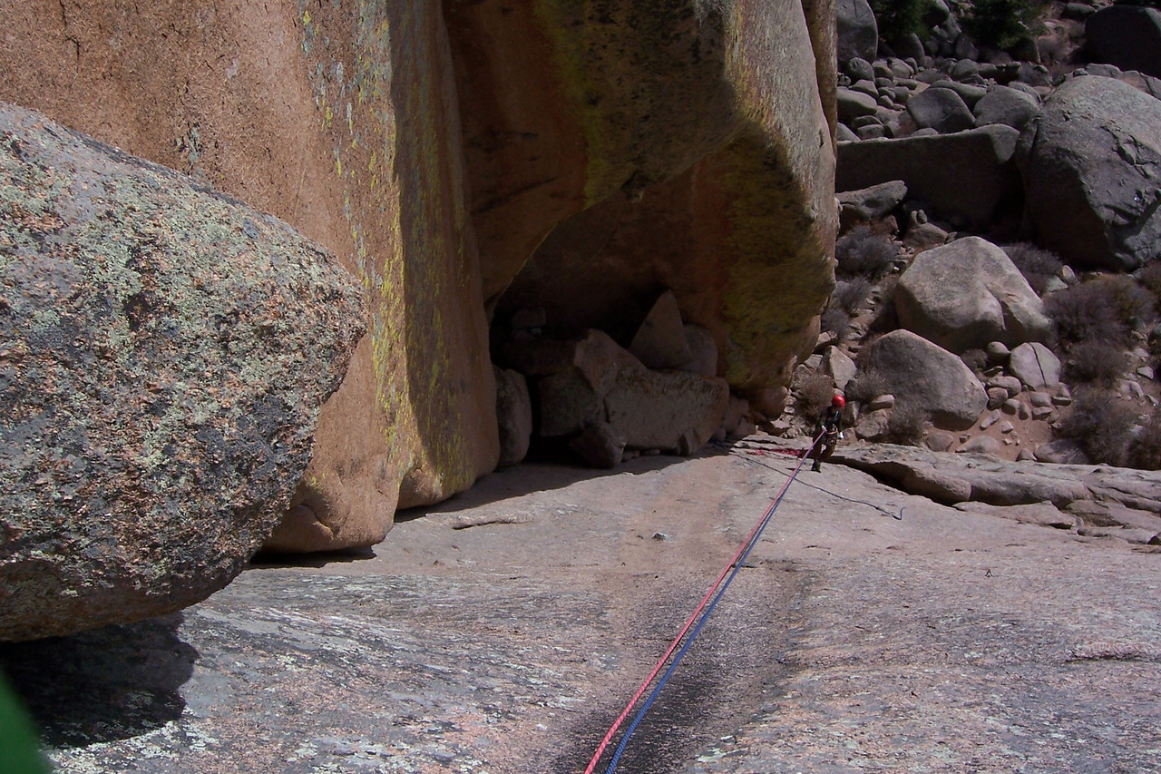 This is the decent route after finishing Edward's Crack. We are about to do the climb on the left of the picture.