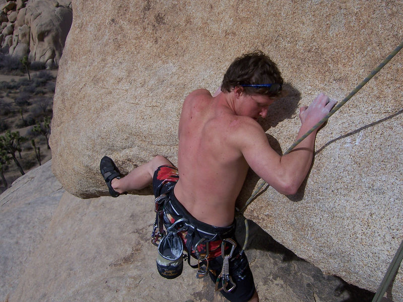 Our first climb in Joshua Tree NP.  EBGB's is classic Jtree sport climbing - blank & runout.  Here Blake tries the start, which is the crux of the climb.  However the face climbing that ensues seemed much more challenging to me.
