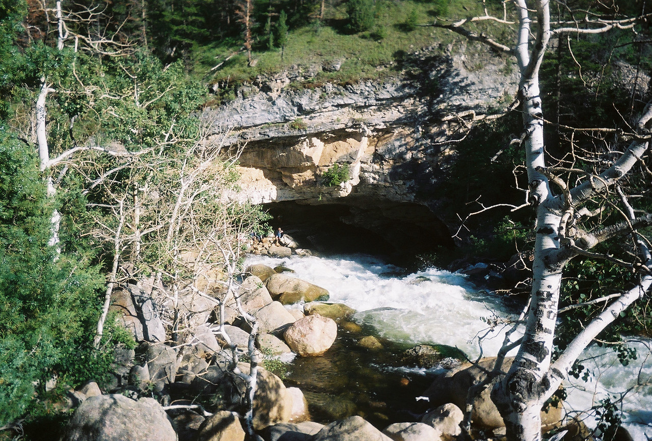 Sinks Canyon - called that because at this point the river disappears into underground limestone caverns for 1/4 mile