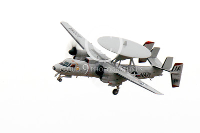 E-2USN 00074 A Grumman E-2C Hawkeye USN VAW-116 Sun Kings USS Carl Vinson banks to land at NAS Fallon 11-2013 military airplane picture by Peter J Mancus