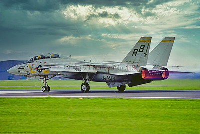 F-14USN-VF-32 0002 A Grumman F-14 Tomcat USN carrier based swing-wing jet fighter VF-32 SWORDSMEN USS John F  Kennedy AB tail code 8-1978 Mildenhall military airplane picture by Stephen W  D  Wolf   DDD_9583   Dt