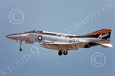 F-4USN 00058 A landing McDonnell Douglas F-4J Phantom II US Navy 153868 VF-161 CHARGERS USS Midway 5-1978 military airplane picture by Masumi Wada