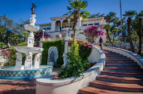 "Casa del Mar (guest house) and replica of Donatello's ""David"" sculpture. Things to see at Hearst Castle, California"