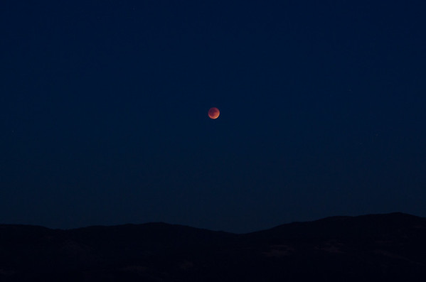 """My Blood Moon 2015 Photos   How to Photograph a Lunar Eclipse or """"Blood Moon"""""""