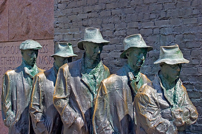 Statues of men in a Bread Line at the Franklin D. Roosevelt Memo