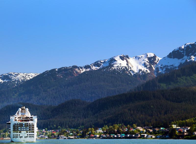 Juneau Alaska, Cruise ship in Harbor