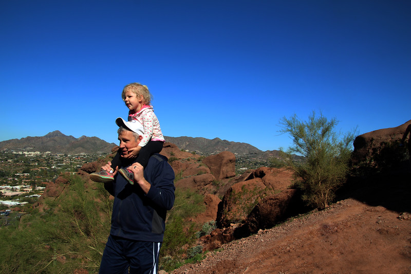 Arizona, Scottsdale, Camelback Echo Trail, Family Hike