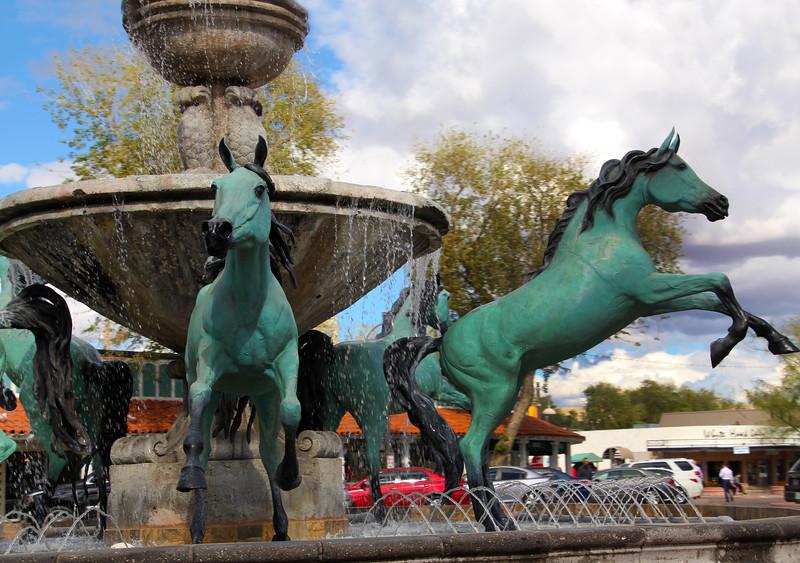 Arizona, Scottsdale, Wild Horse Fountain