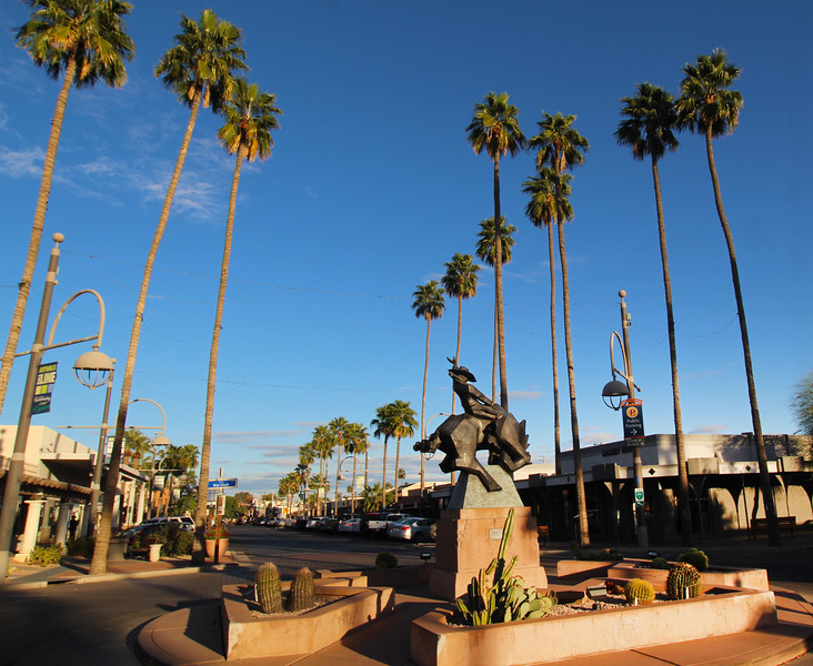Arizona, Scottsdale, Jack Knife Sculpture Main Street