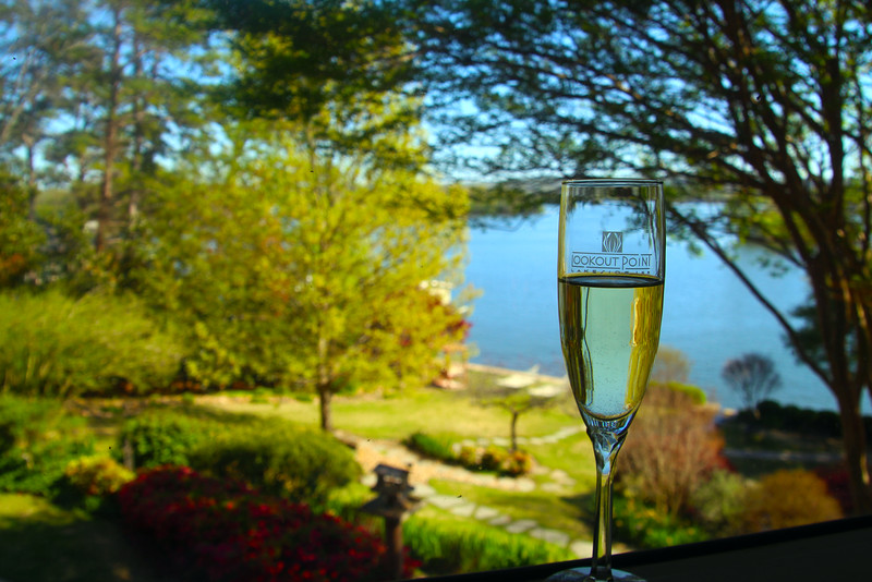 Hot Springs Arkansas, Champagne Toast, Lookout Point Lakeside Inn, landscape