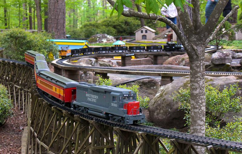 Hot Springs Arkansas, Garvan Woodland Gardens, Miniature Railroad Display