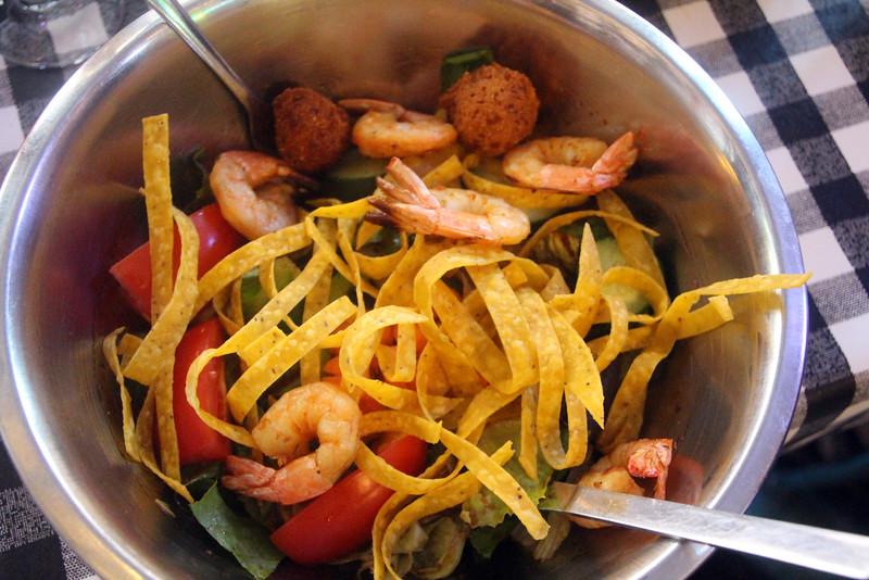 Little Rock, Flying Fish Restaurant, Shrimp Nacho Salad