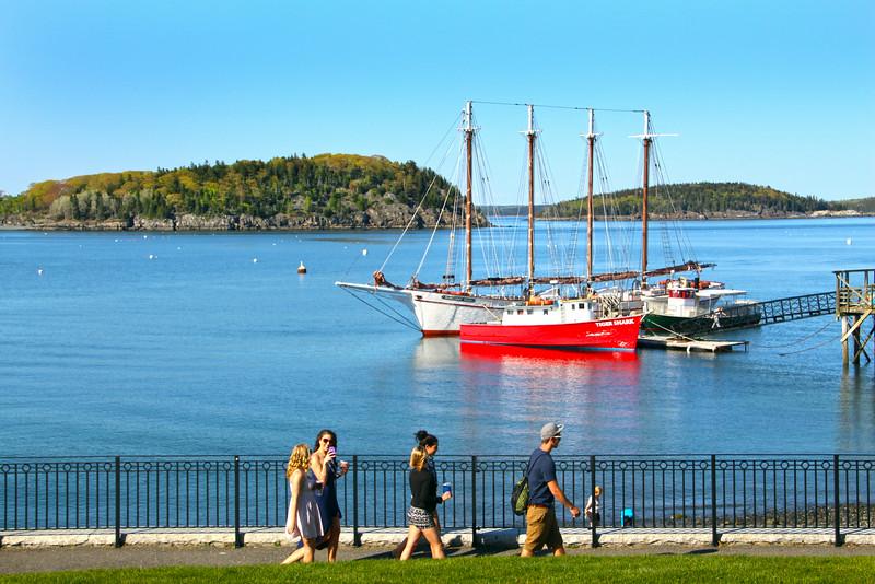 Bar Harbor Maine, Walking Along Shore Path