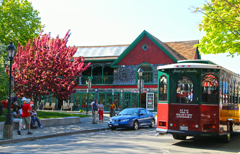 Bar Harbor Maine, Trolley, Town
