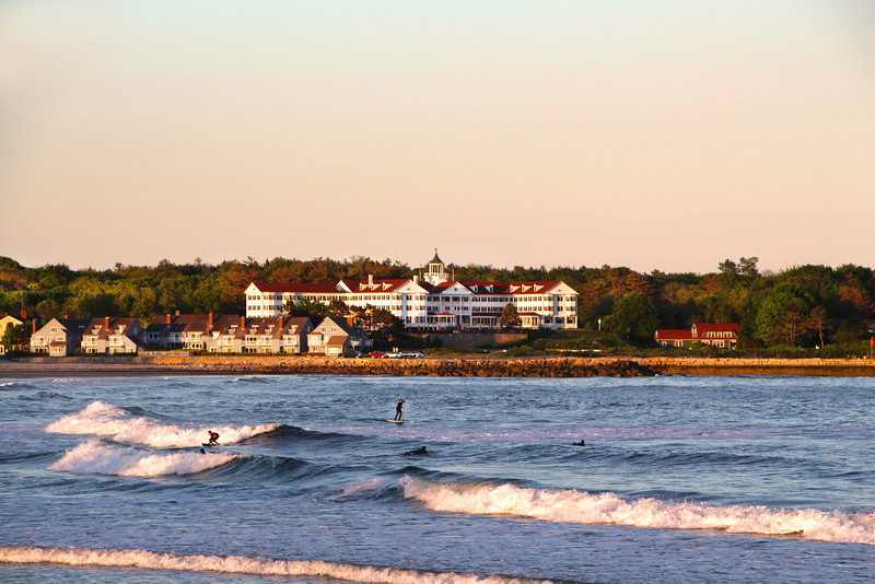 Kennebunkport Maine, Historic Colony Hotel, Surfers