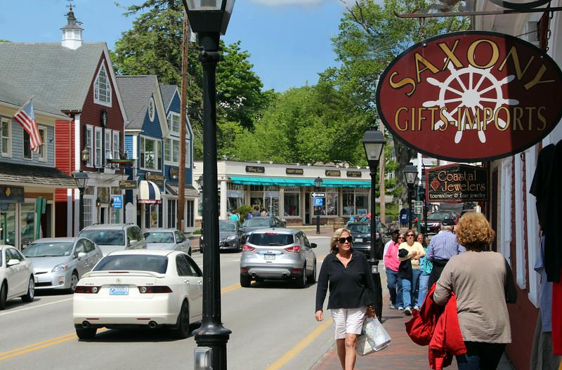 Kennebunkport Maine, Shopping in Village Center