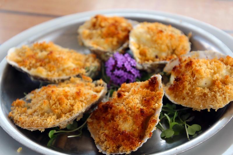 Rhode Island, Matunuck Oyster Bar, Oysters Rockefeller