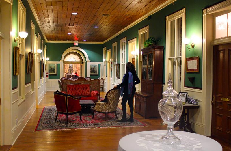 Brenham-Washington County Texas, Ant Street Inn, Sitting Room