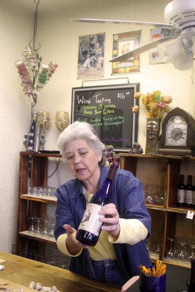 Brenham-Washington County Texas, Windy Winery Tasting