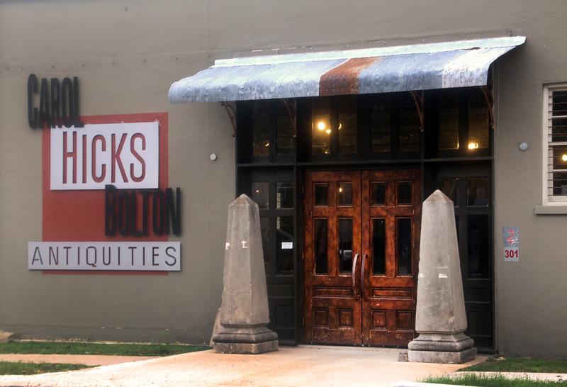 Fredericksburg Texas, Carol Hicks Bolton Antiquities