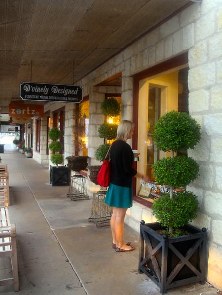 Fredericksburg Texas, Shopping on Main Street
