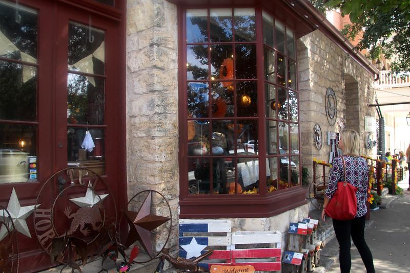 Fredericksburg Texas, Shopping along Main Street