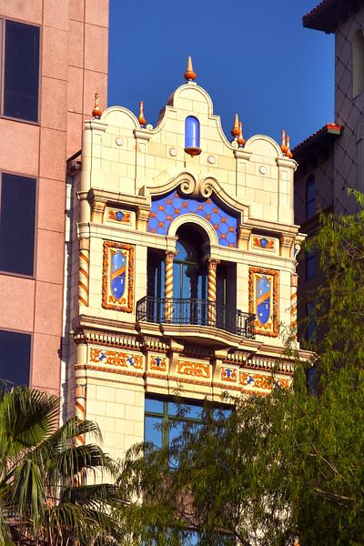 San Antonio Texas, Old Architecture Next to New