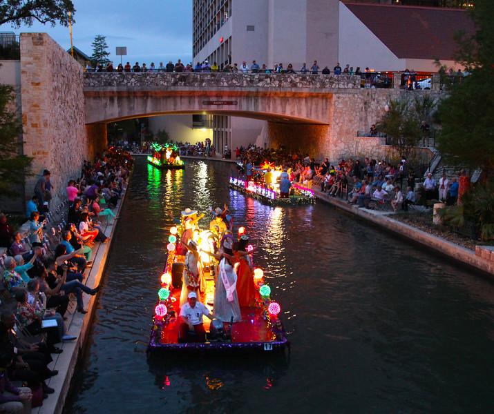 an Antonio Texas, Texas Cavaliers River Parade, Miss San Antonio Float