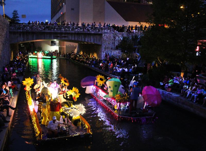 San Antonio Texas, Texas Cavaliers River Parade, Evening Floats