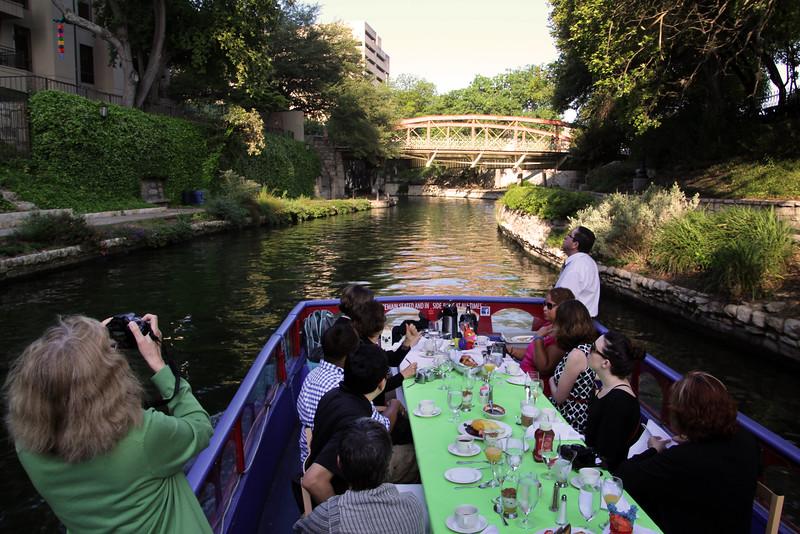 San Antonio Texas, Morning River Cruise