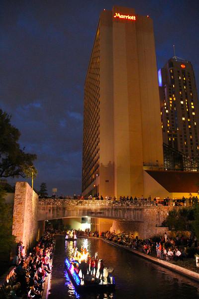 San Antonio Texas, Texas Cavaliers River Parade, Market Street Bridge