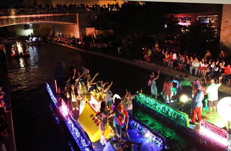 San Antonio Texas, Texas Cavaliers River Parade, Festive Floats