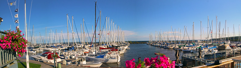 Bayfield Wisconsin/Apostle Islands National Lakefront, Port Superior & Pike's Bay  Marina Panorama